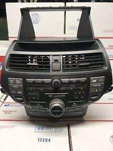 2010-12 Honda Accord Crosstour Genuine Navi/GPS/Radio Display Unit CD Drive