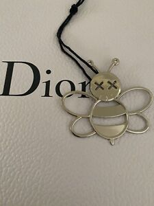 DIOR VIP GIFT BEE CHARM SILVER NEW & AUTHENTIC