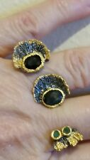 925 STERLING SILVER BLACK RHODIUM GOLD ACCENT BLUE SAPPHIRE AND EMERALD 2 FINGER