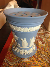 Wedgewood Jasperware Large Frog Vase with Grid excellent condition