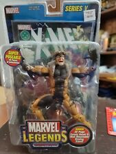 Marvel Legends X-Men Sabretooth Toy Biz Series V 6? Action Figure NIB w/Comic
