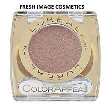 Productos de maquillaje de ojos multicolor