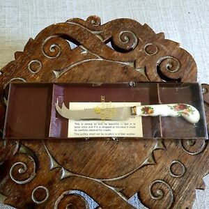 Cheese Knife - Royal Albert Old Country Roses - Made in England