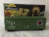 Athearn #2093 HO Scale Northern Pacific 40' GrainLoading Boxcar #8431 KD Coupler