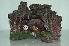 Acquario Roccia Grotta con Teschio & Tesoro 22,5 x 17,5 17cms Ornamento