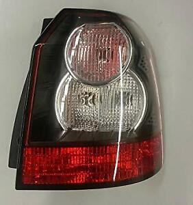 Land Rover LR2 11-12 Rear Stop Tail & Indicator Flasher Light RH LR022051 Genuin