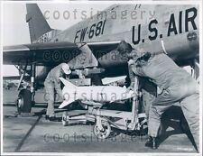1969 USAF Airmen Load Bullpup Missile on F-100 Super Sabre Plane Press Photo