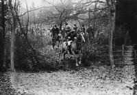 OLD PHOTO 1912 Members of the Hertfordshire Hounds at Teddington Manor