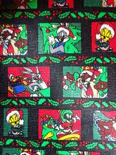 LOONEY TUNES ~ CHRISTMAS XMAS TIE NECKTIE ~ TWEETY BUGS BUNNY TAZ HOLLY LEAVES