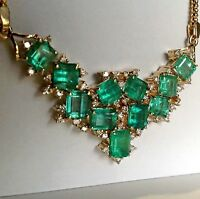 14.25 ct Natural Vibrant Green Colombian Emerald Diamond Cluster Necklace 18K
