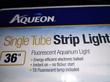 Aqueon Single Tube Strip Light Fluorescent Aquarium Light Black 36in Brand New