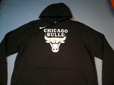 Nike Mens Chicago Bulls NBA Essential Logo Hoodie Sweatshirt XL Pullover