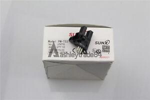 5pcs New Panasonic SUNX Photo Micro Sensor PM-T53 ( PMT53 )