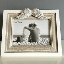 SHABBY CHIC WHITE WOODEN PHOTO PICTURE FRAME ANGEL WINGS SYMPATHY GIFT 5 X 7 Lge