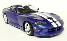 Burago 1/18 Scale - 3030 Dodge Viper GTS Coupe 1996 Blue Diecast Model Car