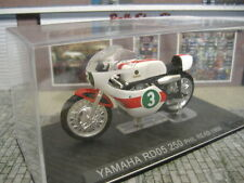 1/24 (NO 1/43) IXO ALTAYA YAMAHA RD05 250 PHIL READ 1968