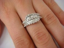 !BEAUTIFUL 1 CT BAGUETTE AND ROUND DIAMONDS 14K WHITE GOLD LADIES RING, 4 GRAMS