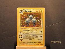 1999 Pokemon Base Unlimited #9 Magneton HOLO R