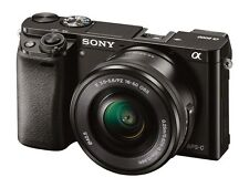Sony Alpha A6000 Mirrorless Argento Digitale Fotocamera con 16-2600mm Zoom Lenti