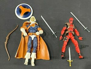 2010 Marvel Universe Greatest Battles Deadpool and Taskmaster Comic Pack (#103)