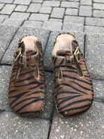 Alegria PG Lite Leather Tiger Print Faux Pony Hair Open-Back Clogs Size 7/7.5
