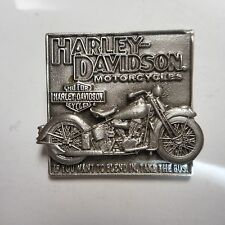 HARLEY DAVIDSON OLD CLASSIC PIN (( IF YOU WANT TO BLEND IN TAKE THE BUS ))