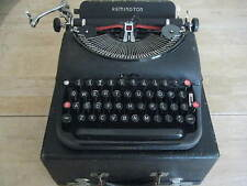 1940 REMINGTON RAND MODEL 5 STREAMLINED PORTABLE TYPEWRITER  W/TOUCH REGULATOR