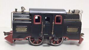 Lionel Standard Gauge 33 Green Locomotive