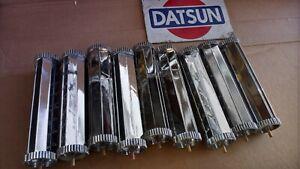 Datsun 1.71-9.73 240Z OEM Center Heater Vent 68834-E8200