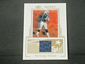Tom Brady 2003 Fleer Avant Game Worn Jersey (45/75) New England Patriots #AGW/50
