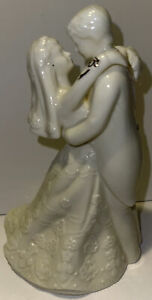 Bride and Groom Porcelain Figure by LaVie White w/Gold Accents Excellent!