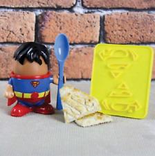 DC Comics Superman en forma de sostenedor de taza de Huevo Cortador de pan tostado Chicos Novedad Regalo De Navidad