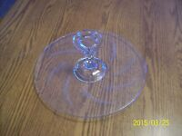 Etched Leaf Elegant Crystal Center Handled Round Vintage Serving Cup Cake Plate