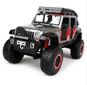 MAISTO 1:24 OFF ROAD KINGS 2015 JEEP WRANGLER UNLIMITED DIECAST MODEL PICKUP Car