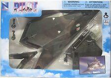 NEWRAY PILOT MODEL KIT - LOCKHEED F-117 NIGHT HAWK  - 1:72 Scale Fighter Jet