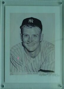 MICKEY MANTLE LITHO GALLERY CARD, 1991 ***SIGNED by ARTIST #1945/4000***