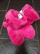Debenhams Bluezoo Niñas Rosa POM POM MULLIDO Zapatillas Botas Zapatillas 12-13 Nuevo