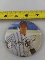 Vintage New York Yankees Bucky Dent pin button pinback *EE78