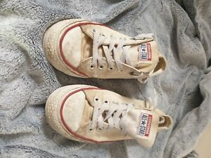 USED Well Worn Womens Converse White Size 6 UK