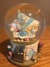 San Francisco Music Box Company Water Globe Features 5 Cute Cats 6 1/2� Works