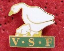 PIN'S ANIMEAUX OIES OIE V.S.F VETERINAIRES SANS FRONTIERES VSF EGF