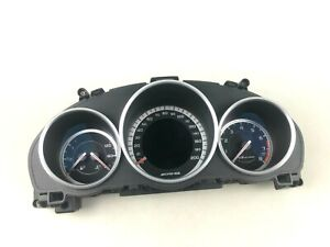 Mercedes Benz E63 W212 AMG Instrument Cluster Speedometer Gauges A2129008329