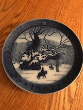 "Royal Copenhagen 1967 Christmas Collector Plate ""The Royal Oak"" Blue Kai Lange"