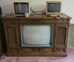 Vintage Console Zenith Space Command Color TV with Remote