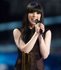 Carly Rae Jepsen UNSIGNED photo - E725 - SEXY!!!!
