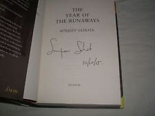 SUNJEEV SAHOTA - The Year Of The Runaways SIGNED + DATED Hb - 2015 - BOOKER
