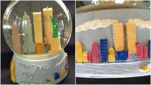 Vintage New York City Glitter Snow Globe Twin Towers Pre 9/11 Skyline Souvenir