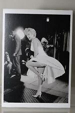 MARILYN MONROE by George S. Zimbel  Art-Postcard  NEW