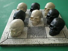Games / Fantasy /Myth/ Magic/Horror/ Gothic Model Skulls Tic-Tac-Toe Board Game