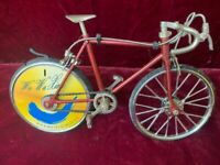 Bicycle mini model with rear wheel lighter